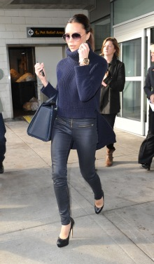 Victoria-Beckham-Back-In-NYC-05