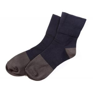 若是您希望輕束無痕,襪口久穿不緊繃,由精梳棉織造的寬口襪舒適自在,具有良好吸溼效果,常保足部乾爽,是您最佳選擇。好的棉料不僅讓穿它的顧客舒適,學員在包裝時也容易整形,產品硬挺不易走樣。真是利人利己。 160